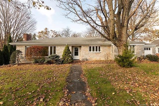 812 Ridge Road, Hamden, CT 06517 (MLS #170251172) :: Michael & Associates Premium Properties | MAPP TEAM