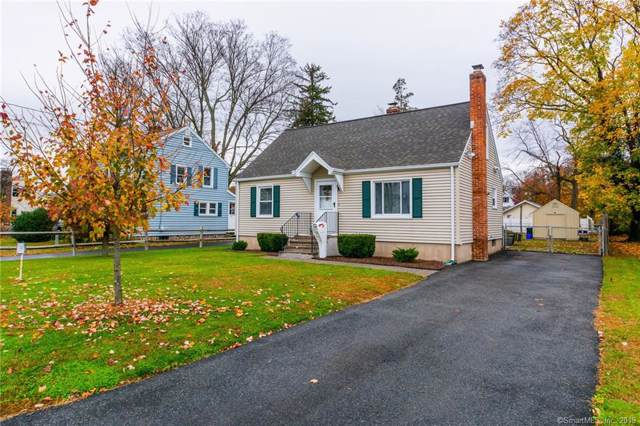 27 Hobart Street, Meriden, CT 06451 (MLS #170251319) :: The Higgins Group - The CT Home Finder