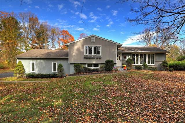 107 Bennetts Farm Road, Ridgefield, CT 06877 (MLS #170251844) :: The Higgins Group - The CT Home Finder