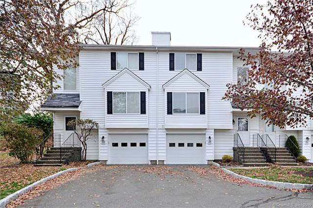 10 South Street #32, Danbury, CT 06810 (MLS #170251979) :: The Higgins Group - The CT Home Finder