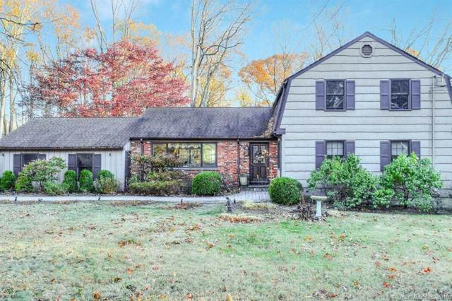 15 Essex Lane, Trumbull, CT 06611 (MLS #170252271) :: The Higgins Group - The CT Home Finder