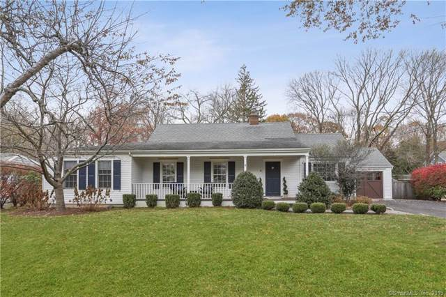 16 Lake Drive, Darien, CT 06820 (MLS #170253433) :: Spectrum Real Estate Consultants