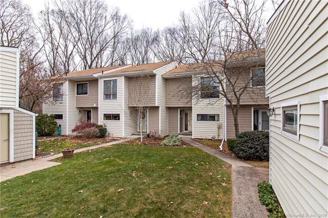 62 Currier Way #62, Cheshire, CT 06410 (MLS #170253492) :: Coldwell Banker Premiere Realtors