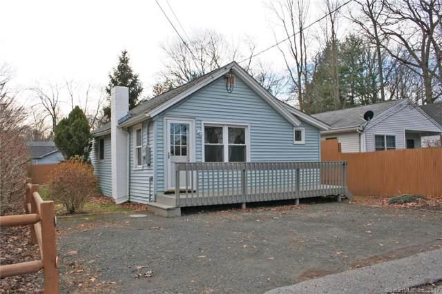 11 Mohawk Trail, East Hampton, CT 06424 (MLS #170254873) :: Michael & Associates Premium Properties | MAPP TEAM