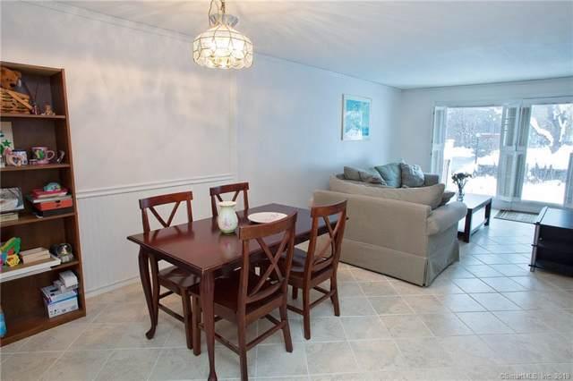 10 Massaco Street L, Simsbury, CT 06070 (MLS #170255831) :: Carbutti & Co Realtors