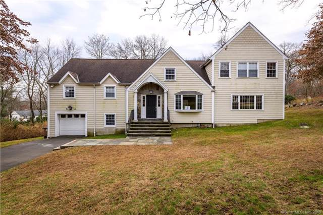 95 Wyndover Lane, Stamford, CT 06902 (MLS #170256427) :: Kendall Group Real Estate | Keller Williams