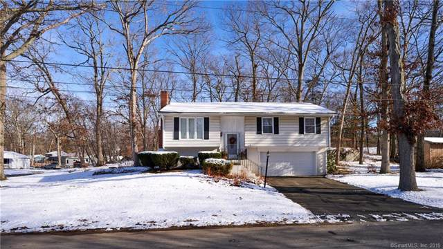 2 Hemlock Circle, Clinton, CT 06413 (MLS #170257645) :: The Higgins Group - The CT Home Finder