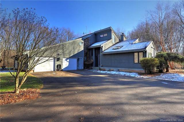 61 Hampton Close, Orange, CT 06477 (MLS #170260533) :: Carbutti & Co Realtors