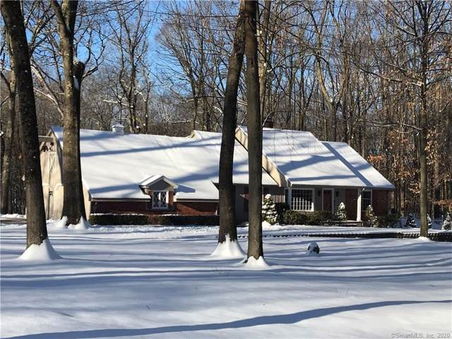 35 Hearthstone Drive, Cheshire, CT 06410 (MLS #170262554) :: Carbutti & Co Realtors