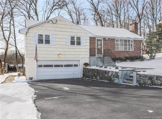 21 River Hill Drive, Stamford, CT 06902 (MLS #170263316) :: Spectrum Real Estate Consultants
