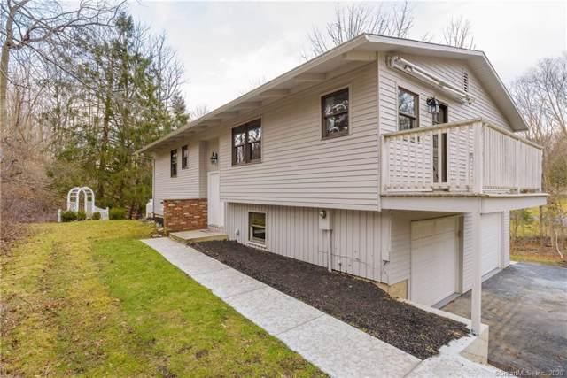 2 Cloverleaf Drive, New Fairfield, CT 06812 (MLS #170264521) :: Kendall Group Real Estate | Keller Williams