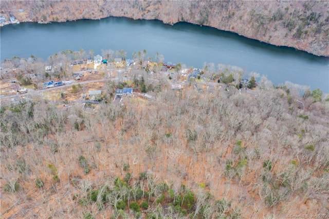 30 Cedarhurst Trail, Newtown, CT 06482 (MLS #170264545) :: The Higgins Group - The CT Home Finder