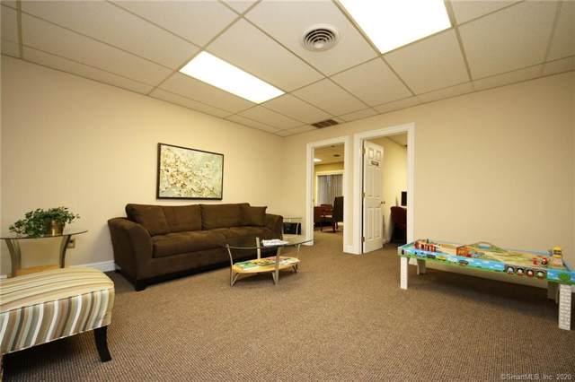 304 Federal Road #319, Brookfield, CT 06804 (MLS #170264680) :: Kendall Group Real Estate | Keller Williams
