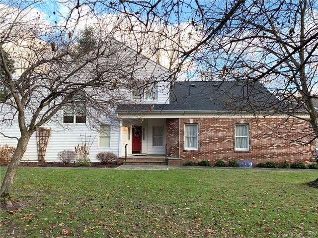 20 Wilton Hunt Road #20, Wilton, CT 06897 (MLS #170264757) :: The Higgins Group - The CT Home Finder