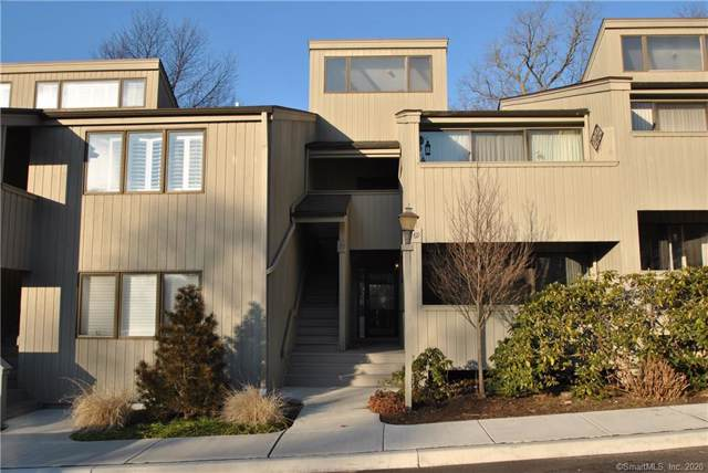 69 Whitney Glen #69, Westport, CT 06880 (MLS #170265241) :: The Higgins Group - The CT Home Finder