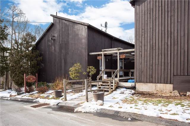 15 Country Squire Drive J, Cromwell, CT 06416 (MLS #170265339) :: Carbutti & Co Realtors