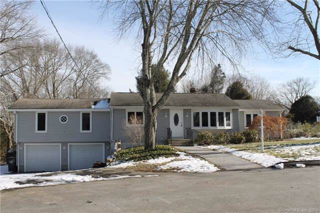 4 Jean B Court, Ledyard, CT 06339 (MLS #170266356) :: Mark Boyland Real Estate Team