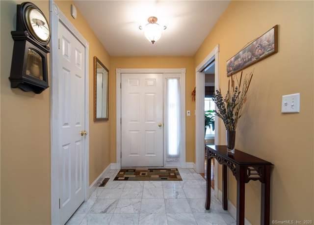 678 N Elm Street, Wallingford, CT 06492 (MLS #170267571) :: Carbutti & Co Realtors