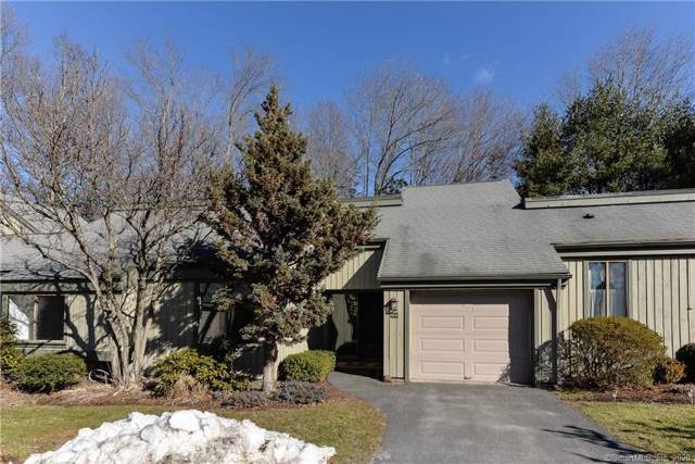 13 Heritage Crest C, Southbury, CT 06488 (MLS #170267886) :: The Higgins Group - The CT Home Finder