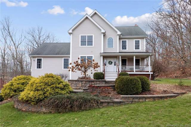 17 Portage Trail, East Hampton, CT 06424 (MLS #170269770) :: The Higgins Group - The CT Home Finder