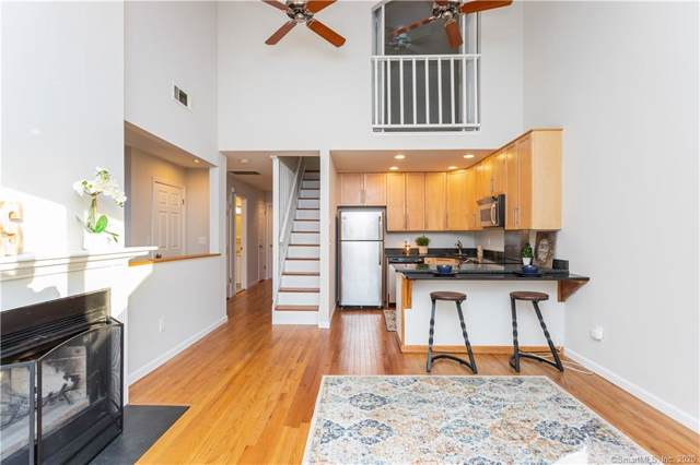 51 Old Kings Highway #16, Greenwich, CT 06870 (MLS #170270018) :: The Higgins Group - The CT Home Finder