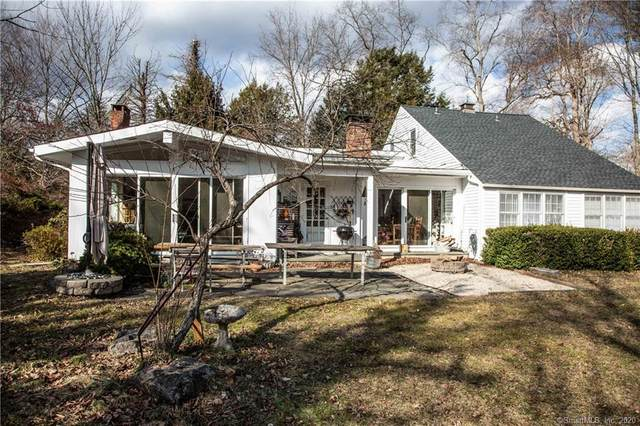 22 Mills Lane, Easton, CT 06612 (MLS #170272495) :: Spectrum Real Estate Consultants