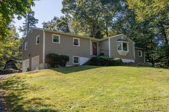 3 Hunters Path, Clinton, CT 06413 (MLS #170272969) :: The Higgins Group - The CT Home Finder