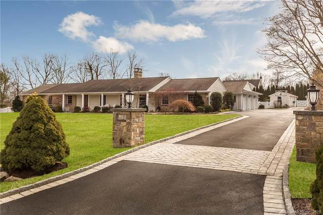 118 Bowman Drive N, Greenwich, CT 06831 (MLS #170273142) :: The Higgins Group - The CT Home Finder