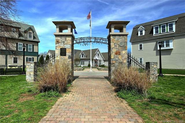 55 Beach Shore Drive, Milford, CT 06460 (MLS #170273553) :: The Higgins Group - The CT Home Finder