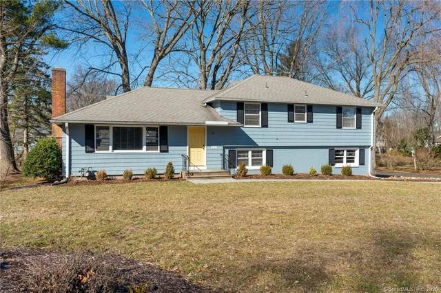 1472 Ridge Road, North Haven, CT 06473 (MLS #170273661) :: Carbutti & Co Realtors