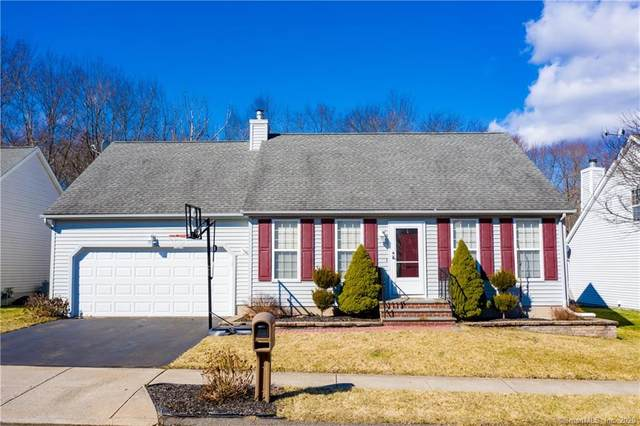 77 Eagle Hollow, Middletown, CT 06457 (MLS #170273715) :: Carbutti & Co Realtors