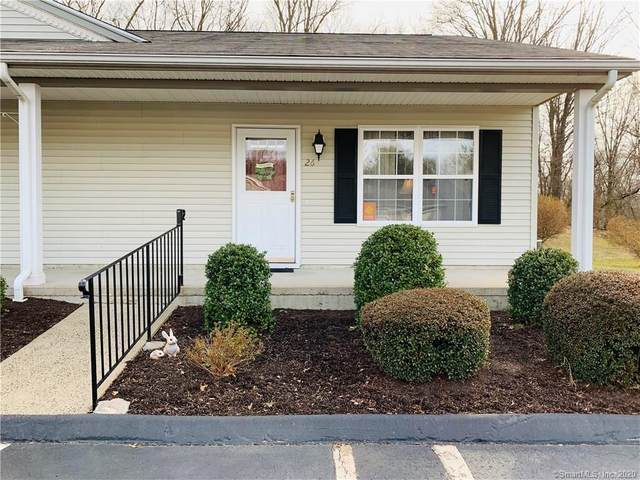 150 Forest Road #26, Milford, CT 06461 (MLS #170274385) :: Carbutti & Co Realtors