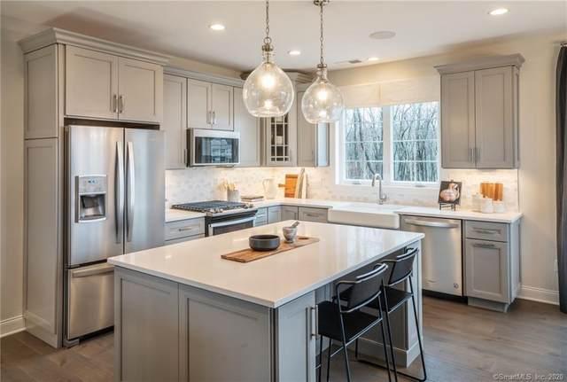 151 Brentwood Circle #21, Danbury, CT 06810 (MLS #170274480) :: Michael & Associates Premium Properties | MAPP TEAM