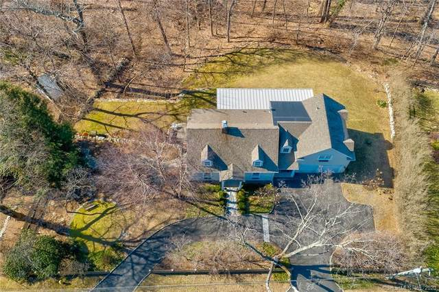 35 New Street, Ridgefield, CT 06877 (MLS #170275019) :: The Higgins Group - The CT Home Finder