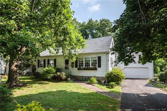 8 Kirock Place, Westport, CT 06880 (MLS #170276991) :: Spectrum Real Estate Consultants