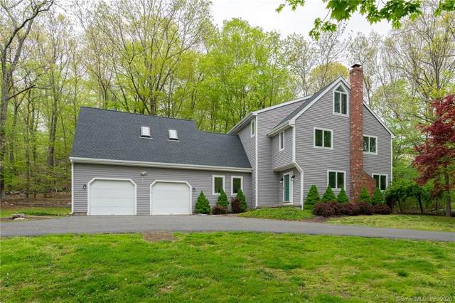 49 Shane Drive, Southbury, CT 06488 (MLS #170279463) :: Spectrum Real Estate Consultants