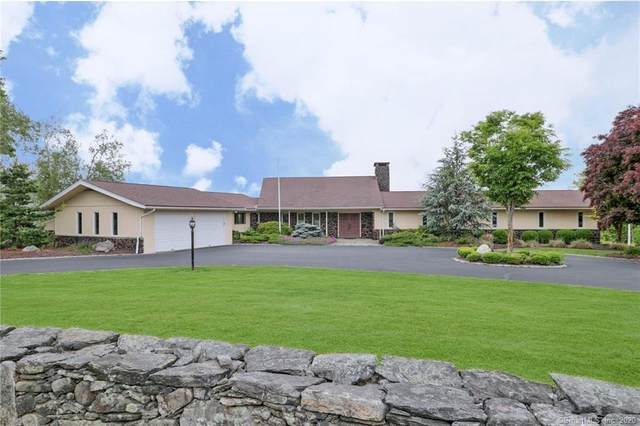 126 Merrimac Drive, Trumbull, CT 06611 (MLS #170280384) :: The Higgins Group - The CT Home Finder