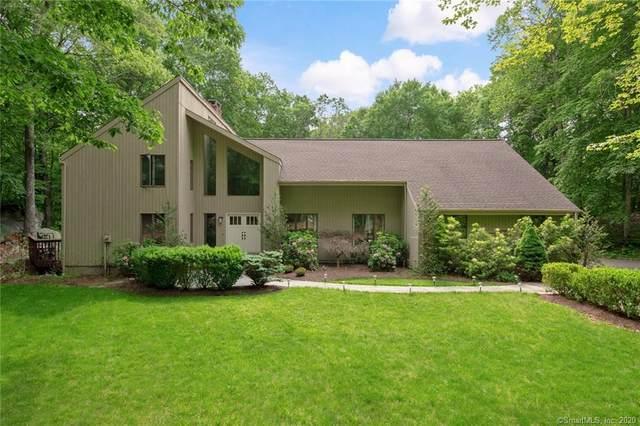 11 Walker Lane, Weston, CT 06883 (MLS #170280576) :: The Higgins Group - The CT Home Finder