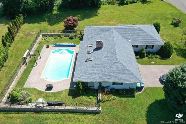 4 Evergreens Drive, Brookfield, CT 06804 (MLS #170281379) :: Kendall Group Real Estate | Keller Williams