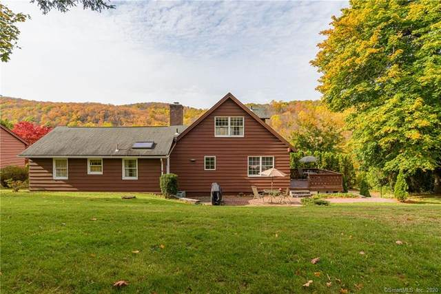 7 Windmill Road, New Fairfield, CT 06812 (MLS #170282169) :: Kendall Group Real Estate | Keller Williams