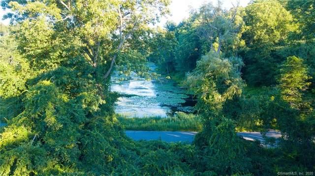 1 Chestnut Woods Road, Redding, CT 06896 (MLS #170282778) :: Kendall Group Real Estate | Keller Williams