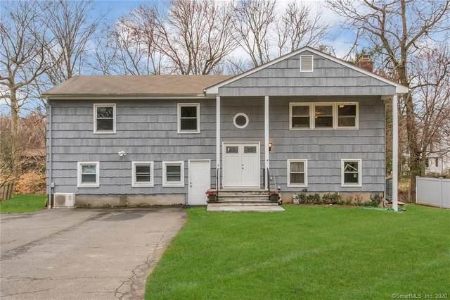 4 Robert Lane, Westport, CT 06880 (MLS #170283856) :: Spectrum Real Estate Consultants