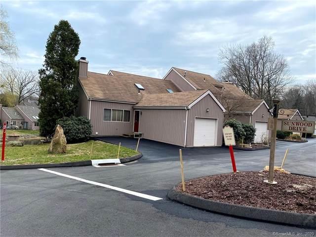 111 Spring Glen #111, Shelton, CT 06484 (MLS #170284027) :: Carbutti & Co Realtors
