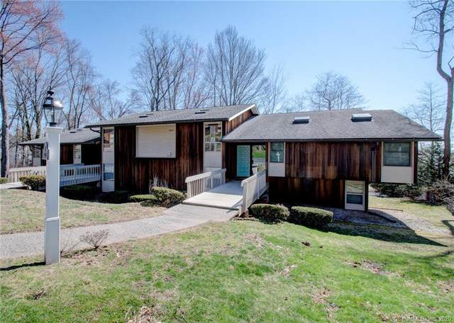 6 Country Squire Drive G, Cromwell, CT 06416 (MLS #170284968) :: Carbutti & Co Realtors