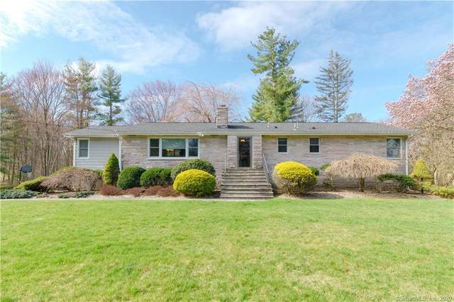 26 Rimmon Road, Woodbridge, CT 06525 (MLS #170286171) :: Spectrum Real Estate Consultants