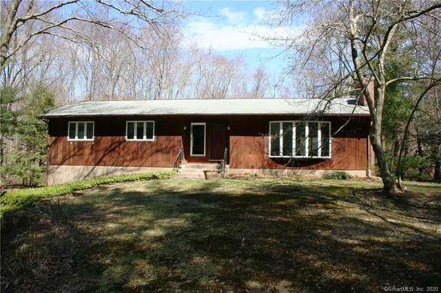 21 Apple Tree Lane, Woodbridge, CT 06525 (MLS #170286399) :: Spectrum Real Estate Consultants