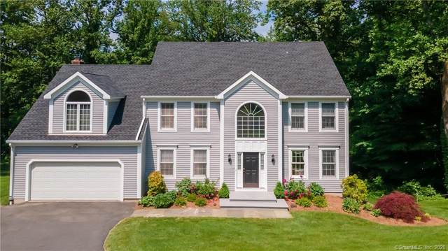 16 Lyndenwood Drive, Brookfield, CT 06804 (MLS #170288057) :: The Higgins Group - The CT Home Finder