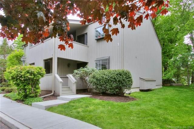 11 Whitney Glen #11, Westport, CT 06880 (MLS #170289462) :: Carbutti & Co Realtors