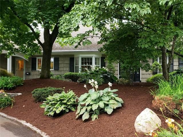 50 Woodridge Circle, West Hartford, CT 06107 (MLS #170292342) :: Spectrum Real Estate Consultants