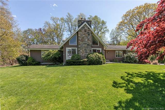 26 Dogwood Lane, Trumbull, CT 06611 (MLS #170294252) :: Carbutti & Co Realtors